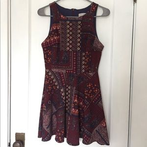 Dresses & Skirts - Patterned Dress